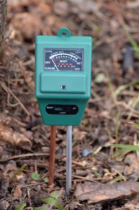 pH metr - badanie kwasowości gleby